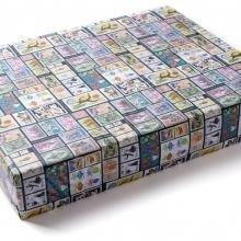 Упаковка в подарочную бумагу  Марки